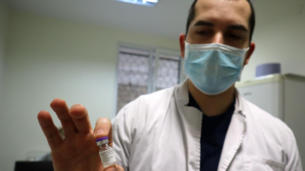 НЗОК обясни как личните лекари ще се отчитат за поставените от тях ваксини