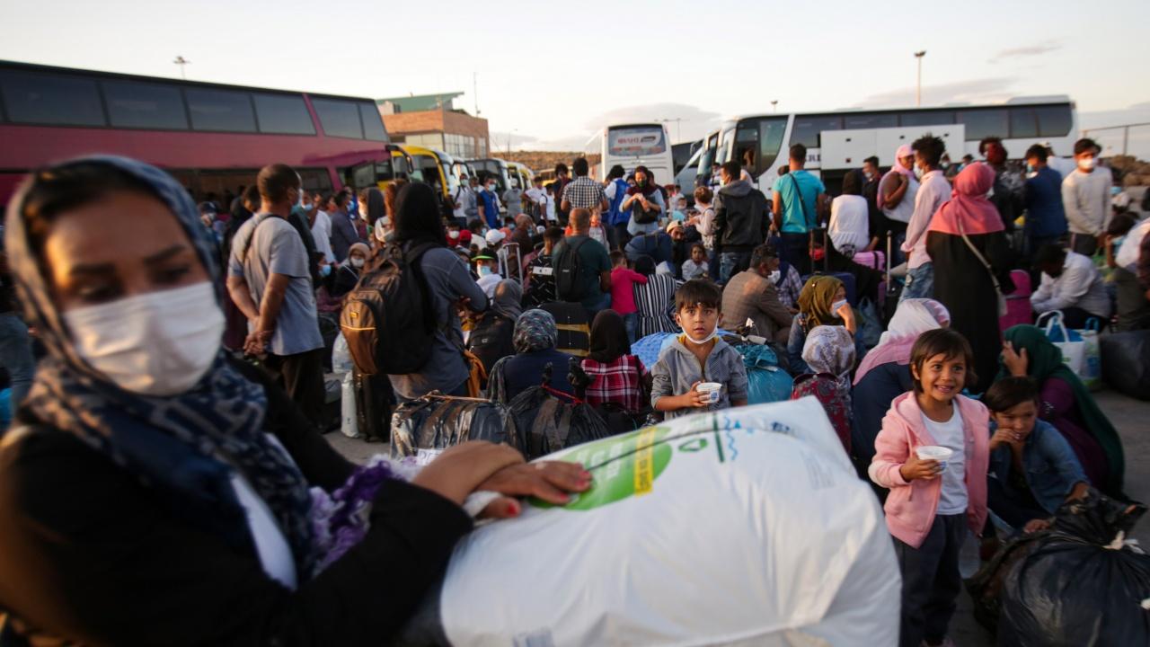 Гърция връща нелегални мигранти без право на бежански статут