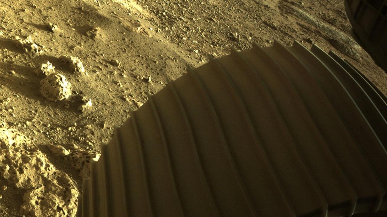 НАСА планира пилотиран полет до Марс след 2035 г.