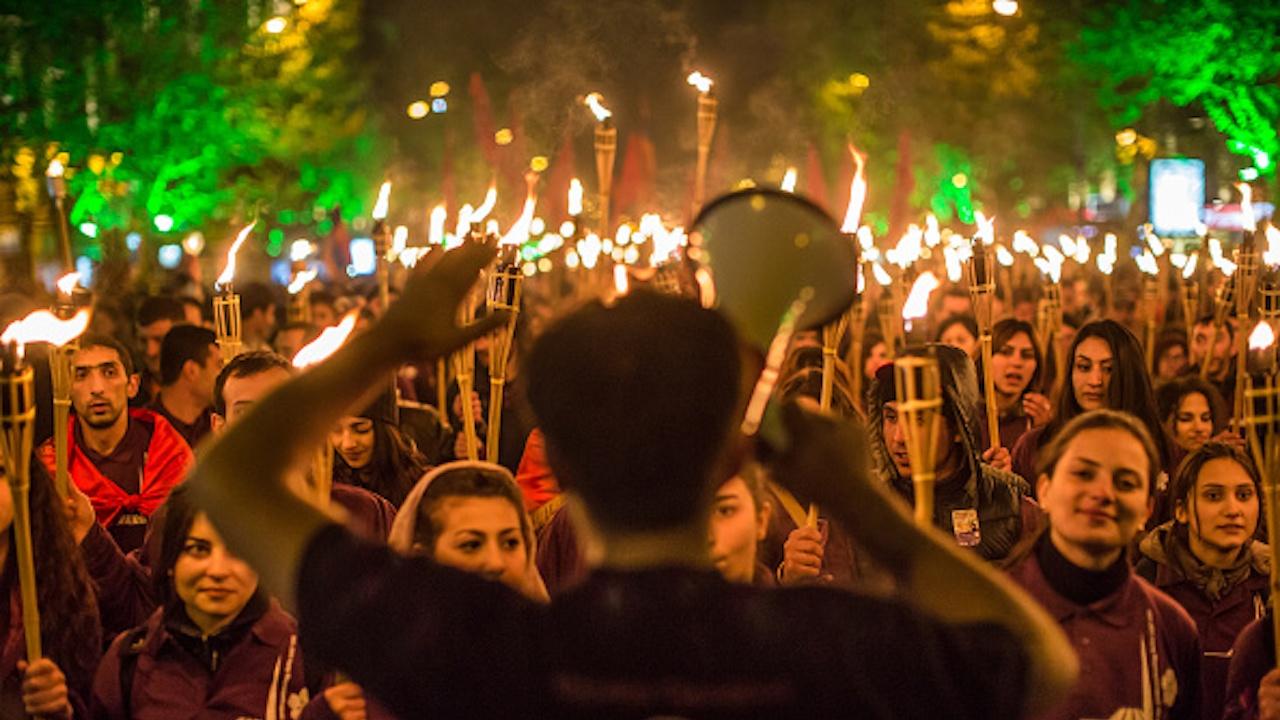 Хиляди в Ереван поискаха оставката на премиера Никол Пашинян