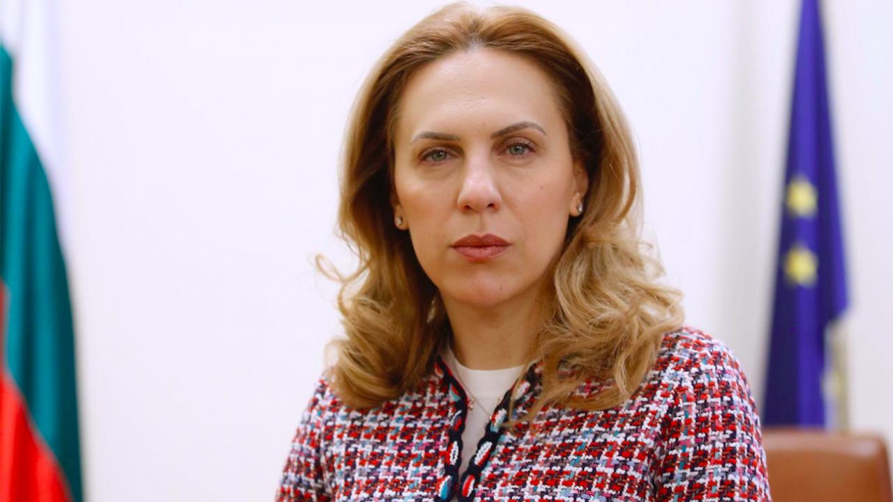 Марияна Николова поздравява екскурзоводите по повод техния празник