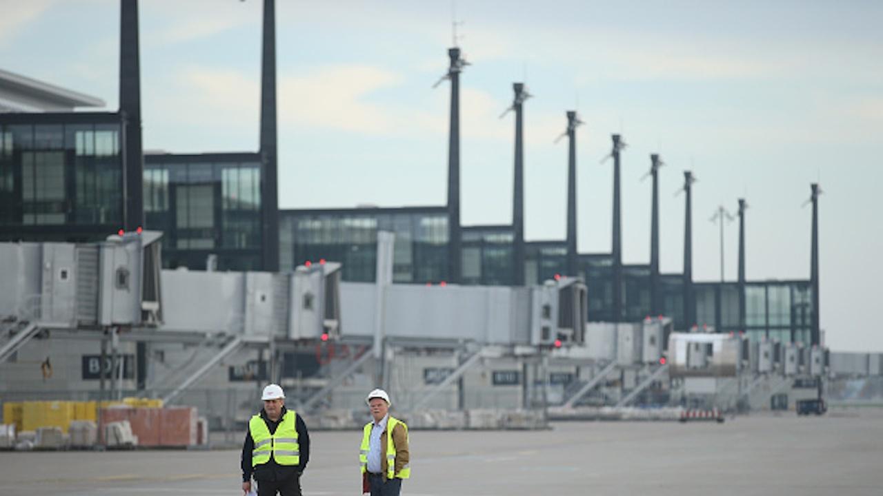 Новото берлинско летище затваря терминал заради намаляването на пътниците