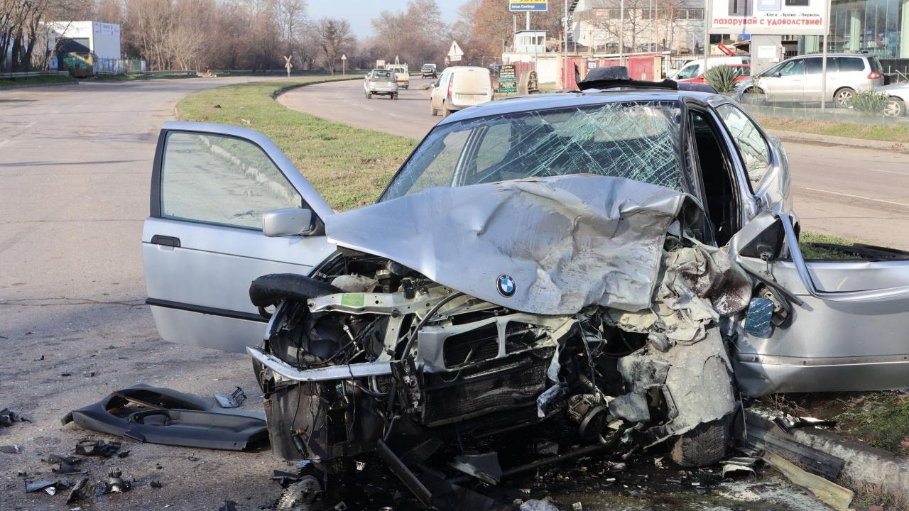 6 души са ранени при катастрофи само за денонощие