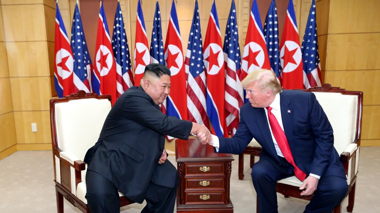 Тръмп е предложил на Ким Чен-ун да се върне в Пхенян на борда на американския президентски самолет