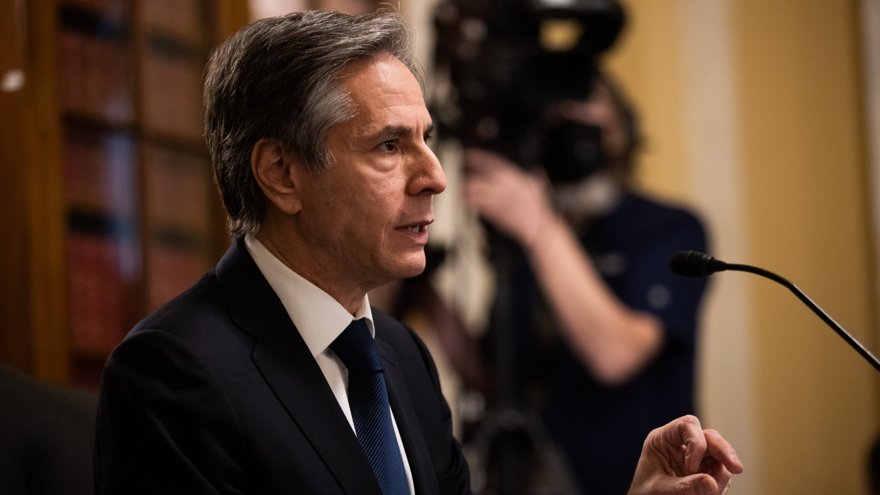 Блинкън: САЩ искат да продължат и укрепят ядреното споразумение с Иран