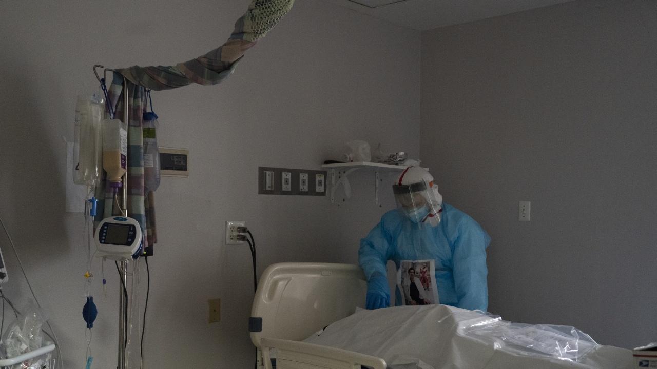 Над половин милион души са починали от COVID-19 в САЩ