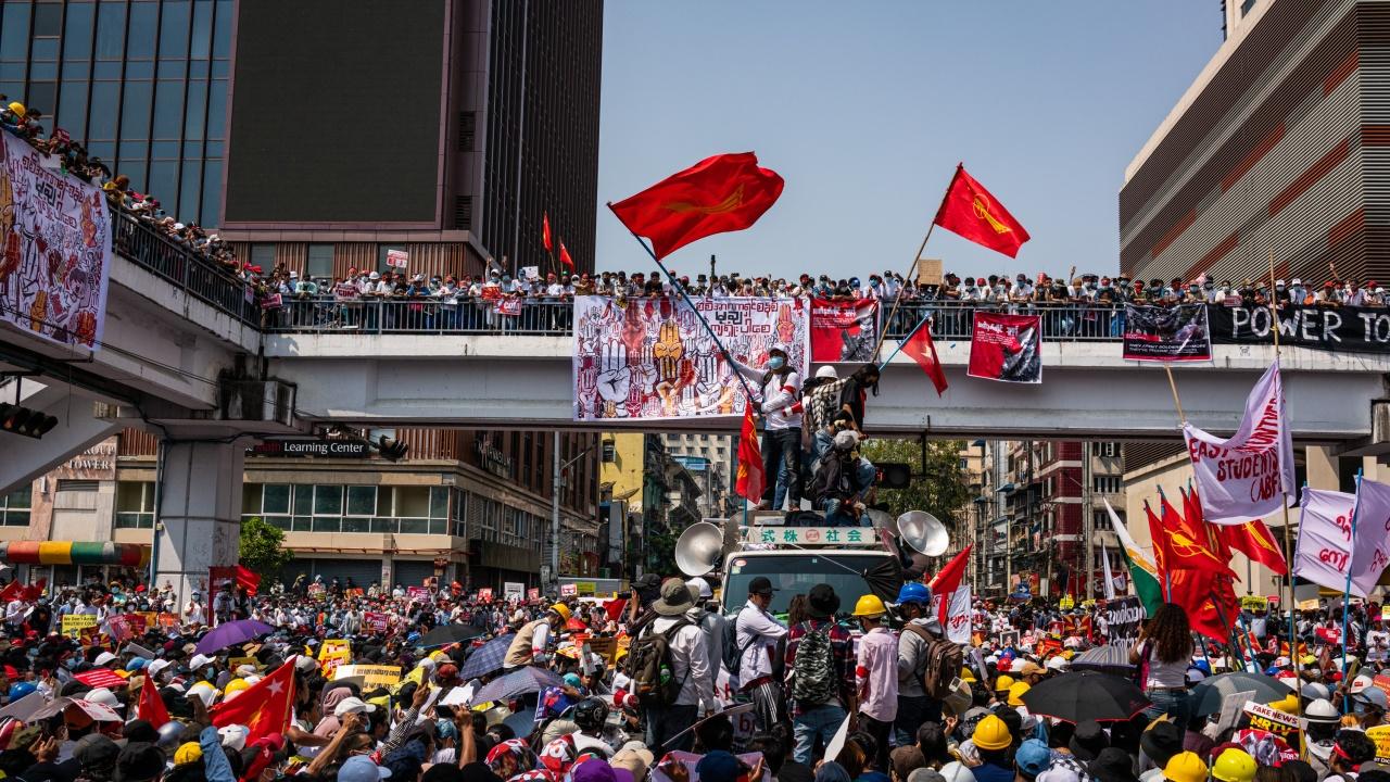 САЩ наложиха санкции на още двама души, свързани с преврата в Мианма