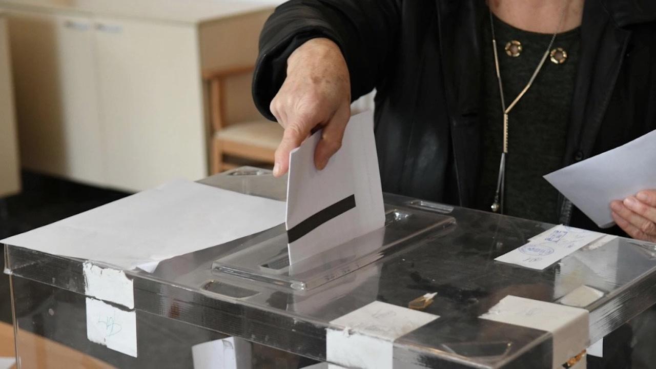 Предизборните кампании на партии и коалиции не могат да се финансират с повече от 3 млн. лв.