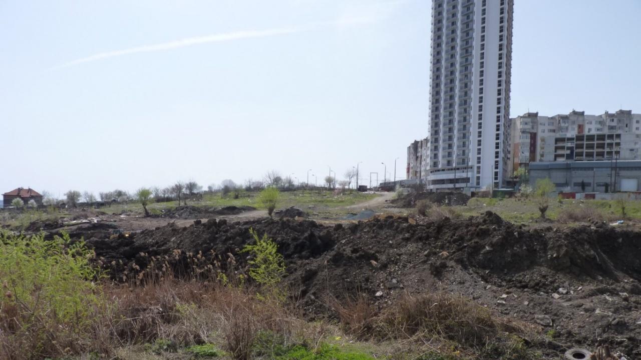 """Зелен парк и спортен комплекс ще има на мястото на блатото в """"Меден рудник"""""""