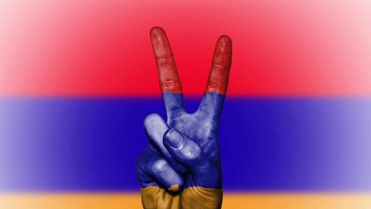Протестиращи в Армения искат оставката на премиера Пашинян