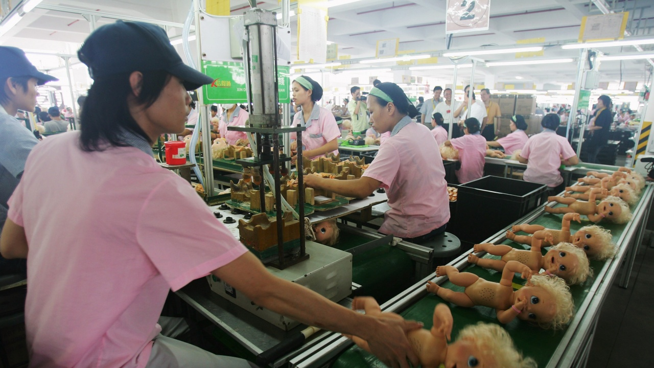 Китай: Перспективите за международната търговия през 2021 г. остават мрачни и сложни