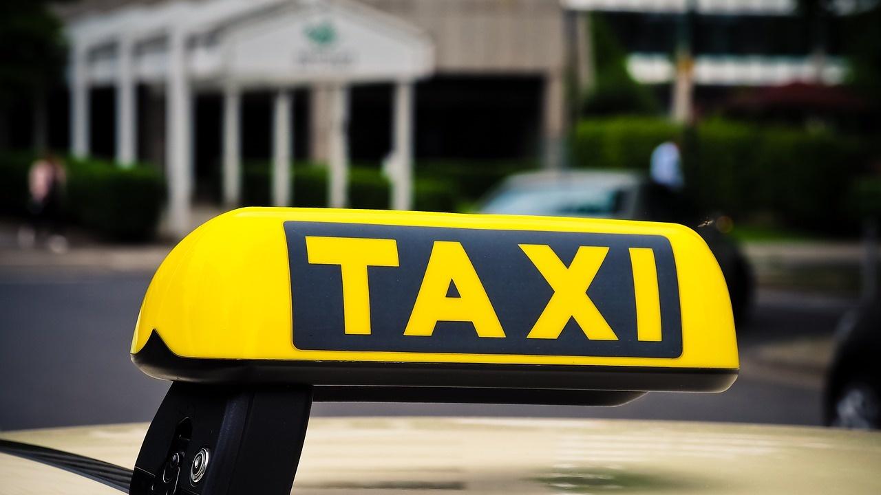 Хванаха клиент на такси с дрога