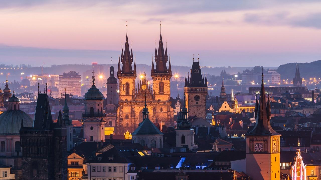 Чехия забранява на гражданите си да пътуват до Южна Африка и Бразилия