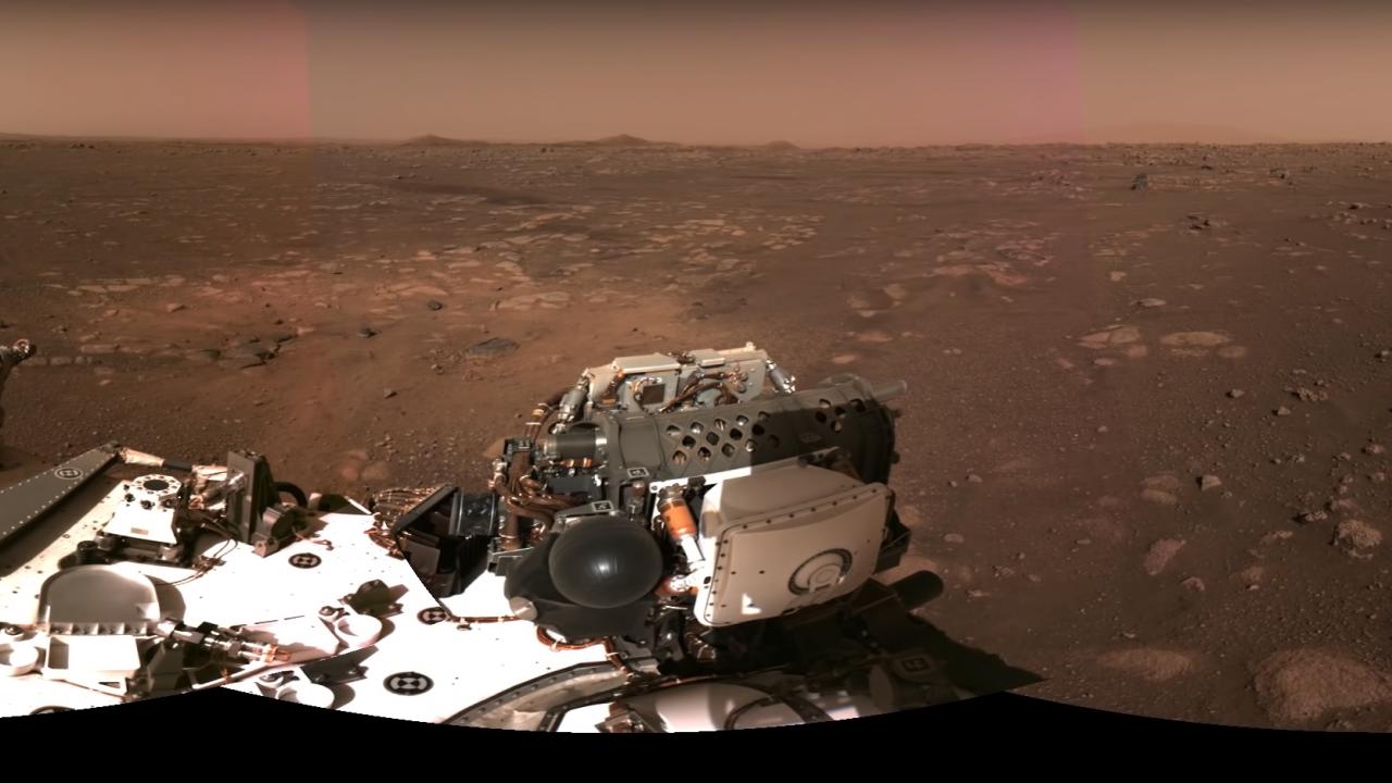 Зрелищна панорамна снимка, направена от Пърси на Марс