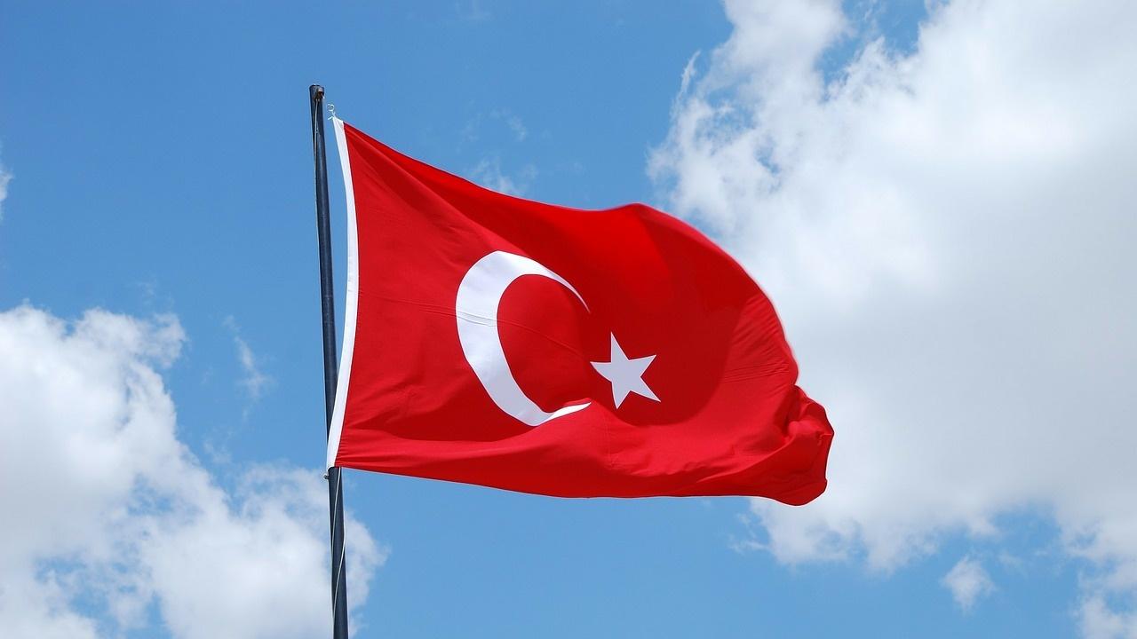 """""""Мудис"""" прогнозира 4% икономически ръст за Турция през тази година"""