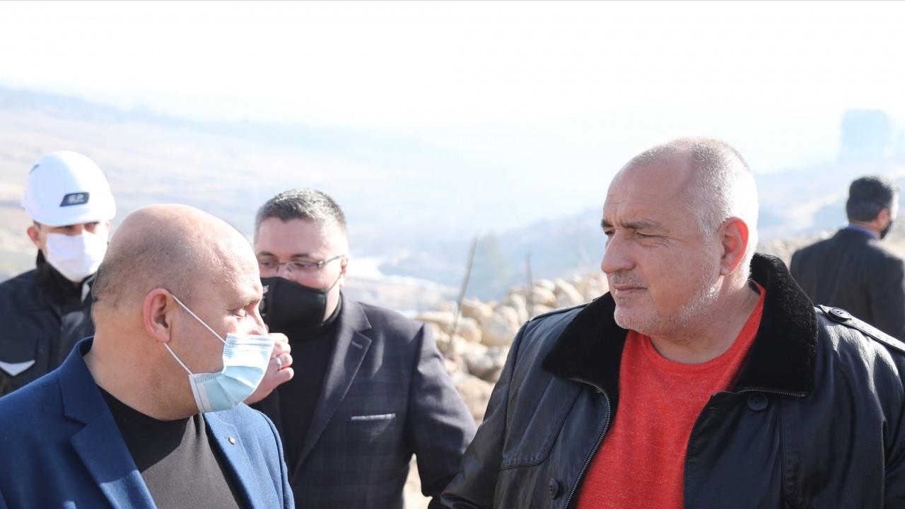 Политолог: Народът все още не е готов да се раздели с Борисов