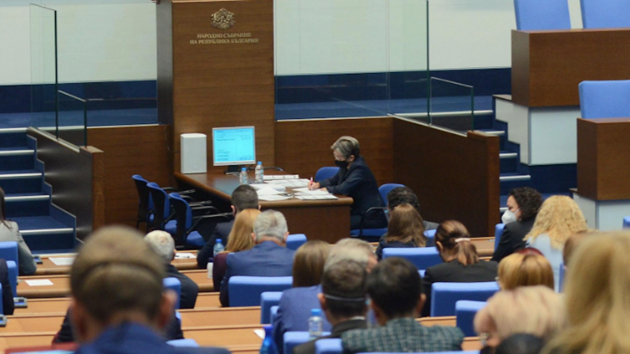Създава се Консултативен съвет към Държавната агенция за българите в чужбина