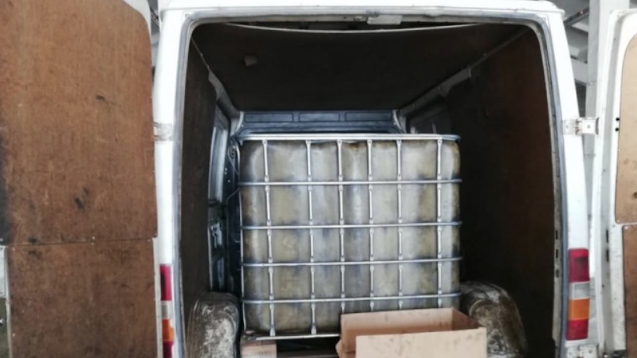 400 л. дизелово гориво е източено от селскостопански машини в село Граничар