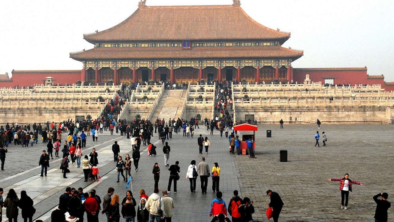 Наднормено замърсяването на въздуха в части от Пекин