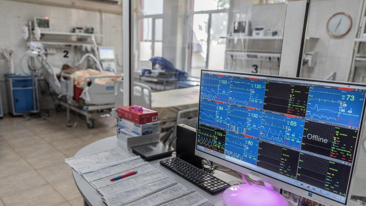 Covid отделенията в шуменската болница са препълнени