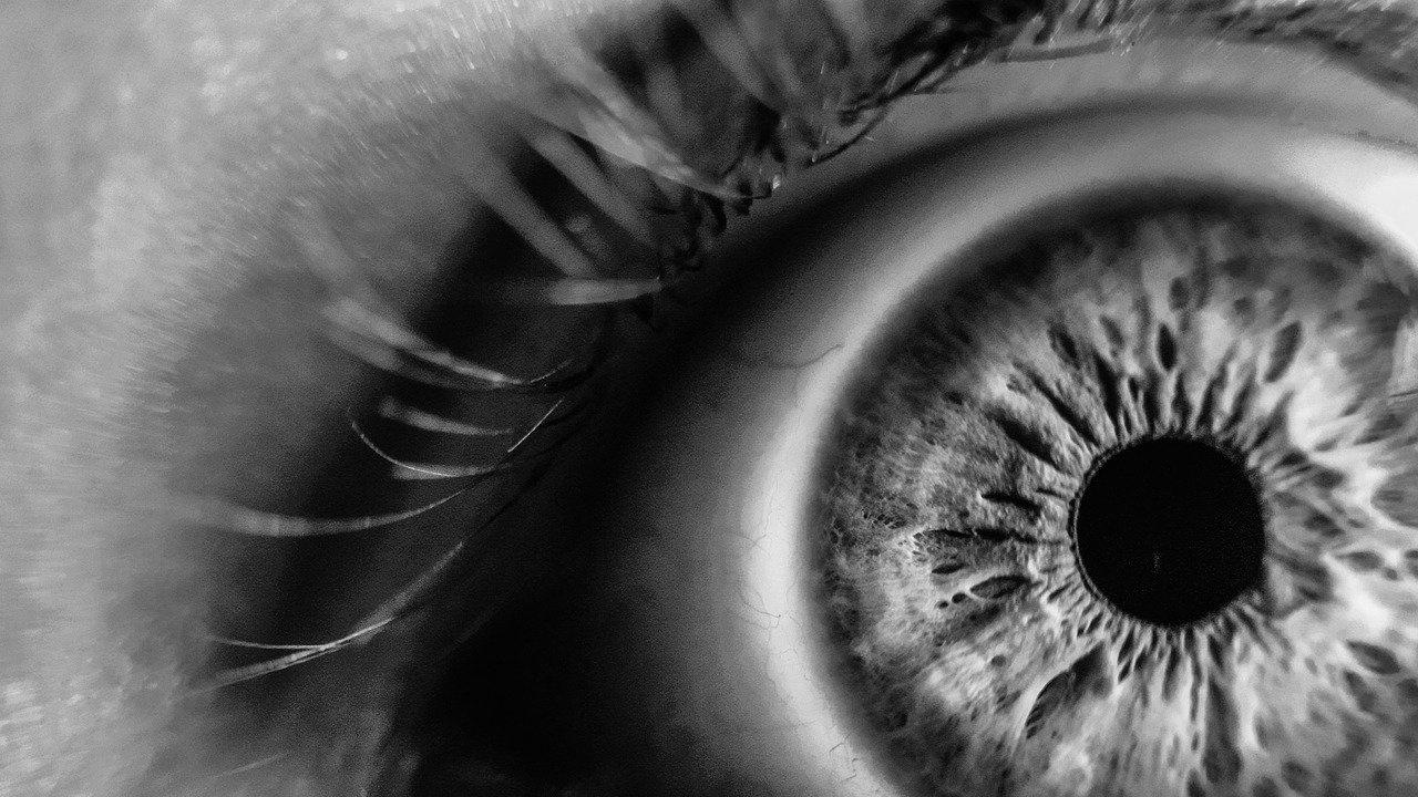 Може ли COVID-19 да увреди сериозно зрението ни?