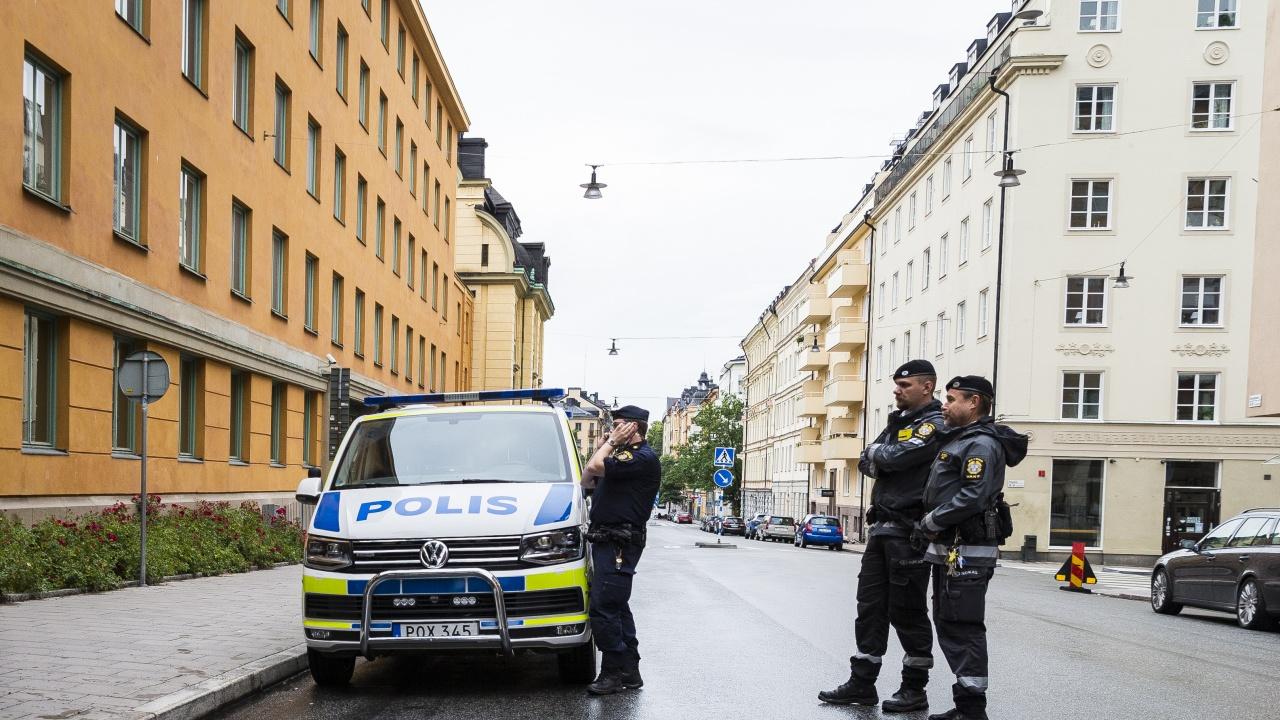 Мъж беше застрелян в Стокхолм, след като заплашил полицаи с оръжие