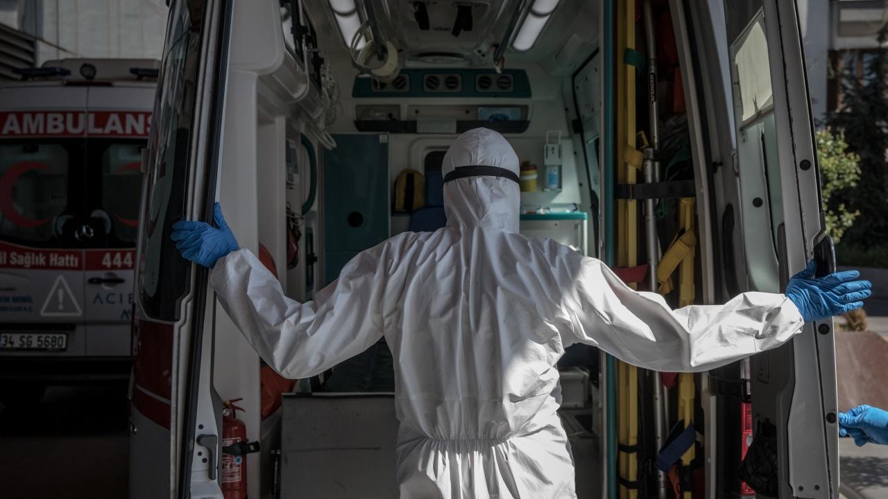 Починалите от новия коронавирус в Иран станаха над 60 000