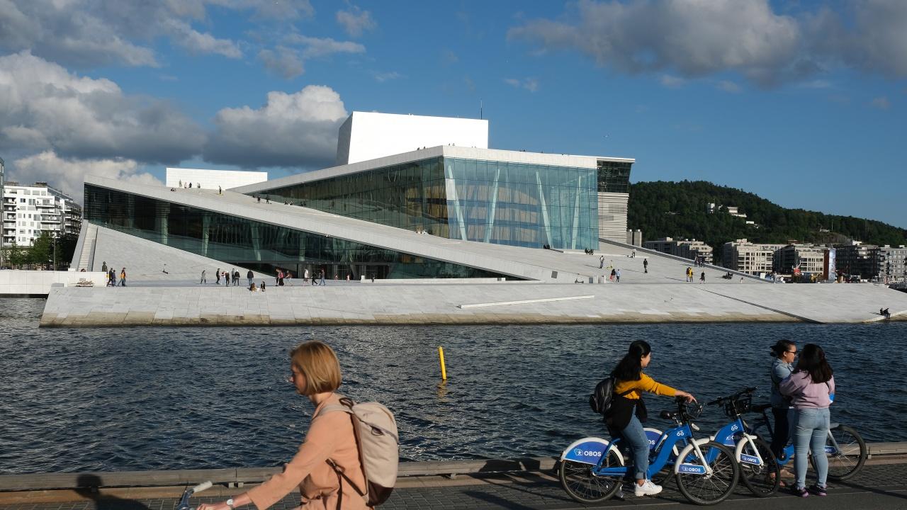 Затягат мерките в Осло заради ръст на новите случаи на британския COVID вариант