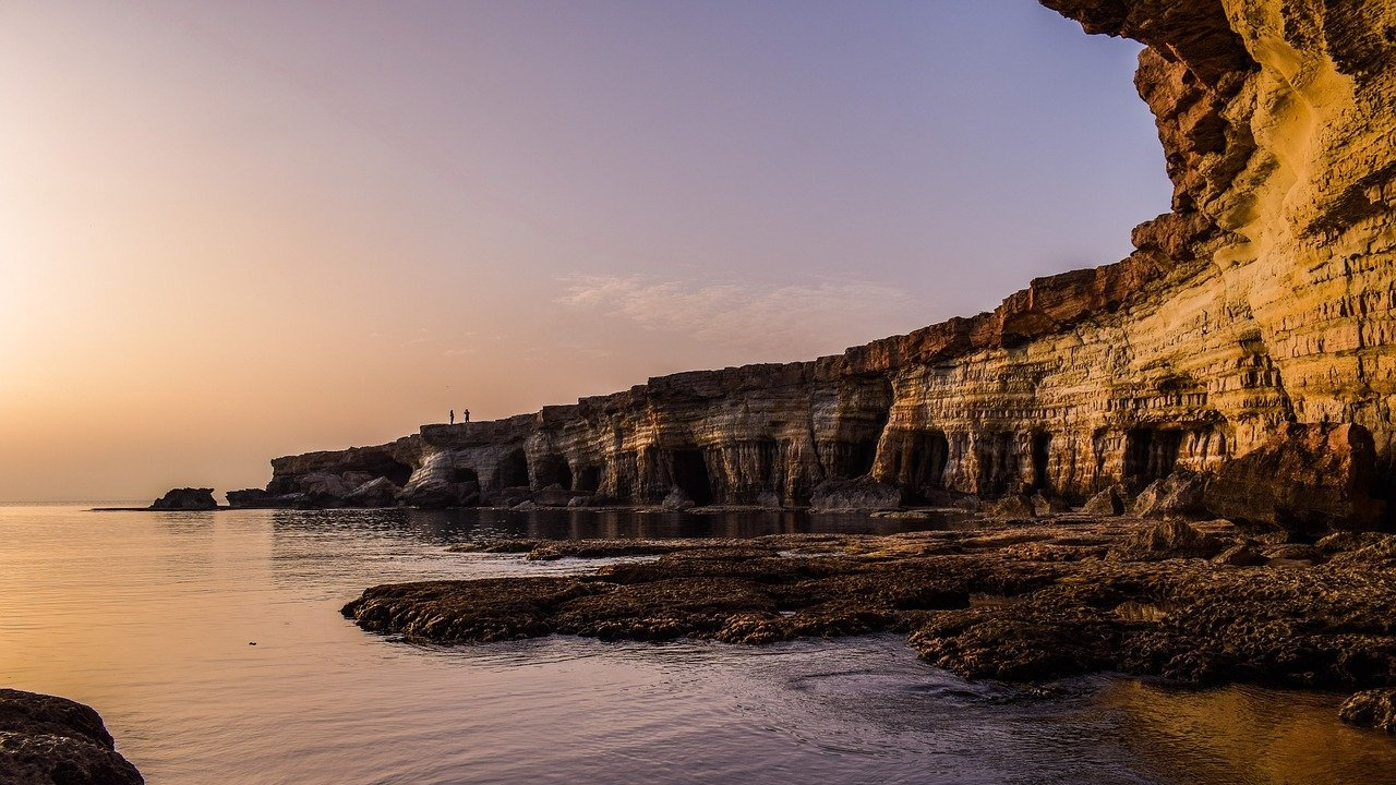 Облекчаване на COVID мерките в Кипър, отварят за чуждестранни туристи