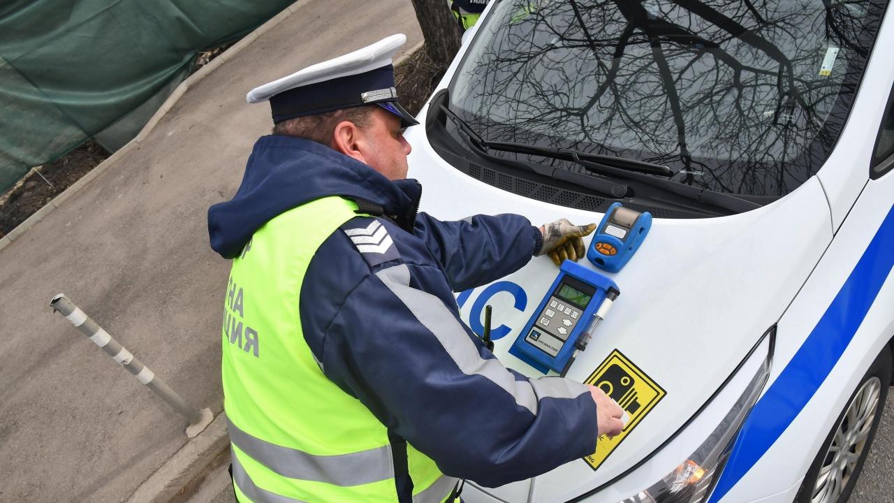 Опити за подкупи на полицаи по време на акция
