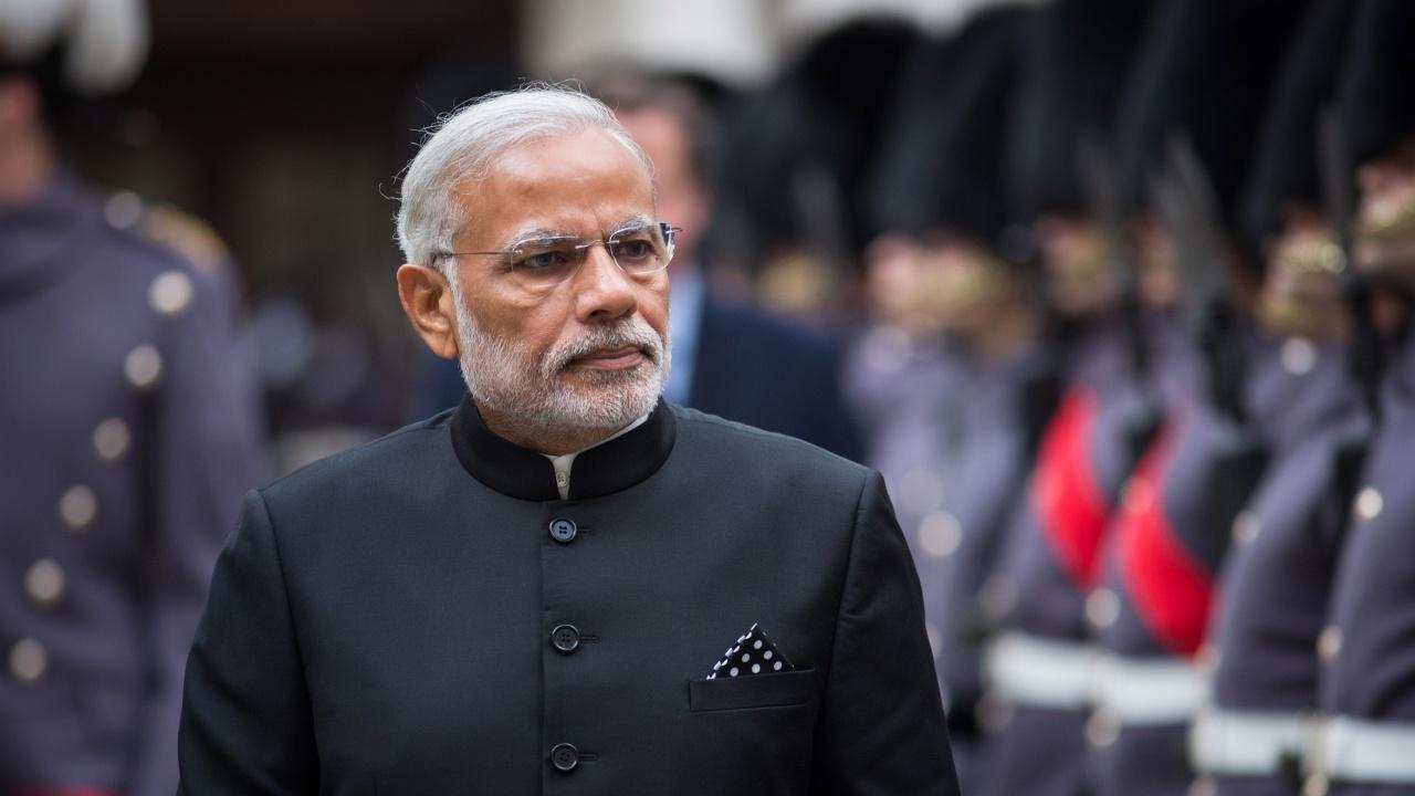 Премиерът на Индия също се ваксинира срещу COVID-19
