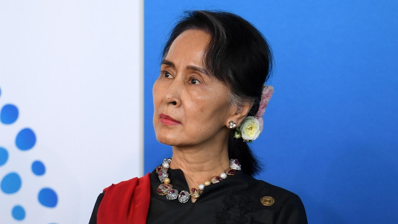 Повдигнаха нови обвинения на лидерката на Мианма Аун Сан Су Чжи
