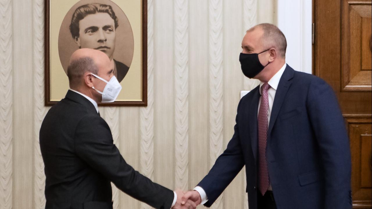 Румен Радев се срещна с председателя на Държавната агенция за научни изследвания и иновации