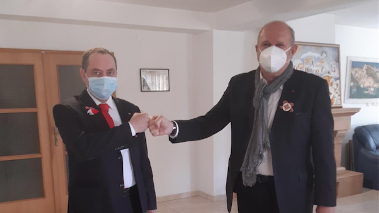Посланикът ни в Скопие и Владо Бучковски обсъдиха актуалното сътрудничество между двете страни
