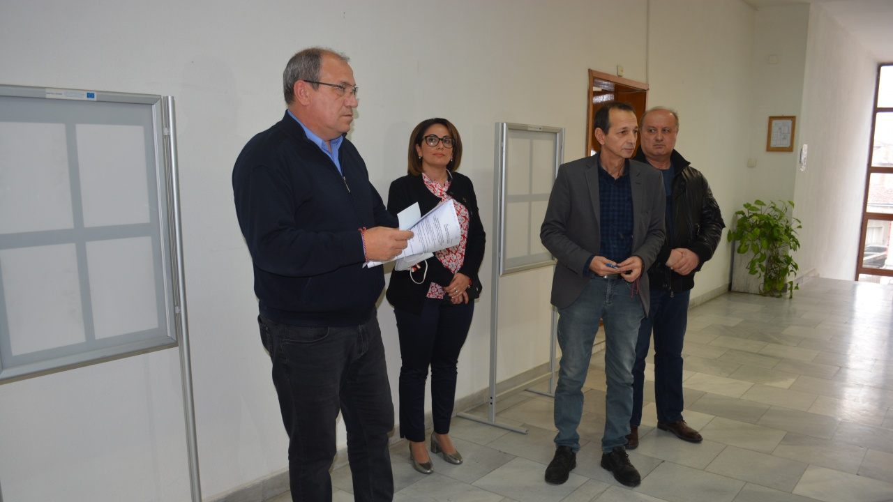 ГЕРБ-Ямбол регистрира листата си за вота