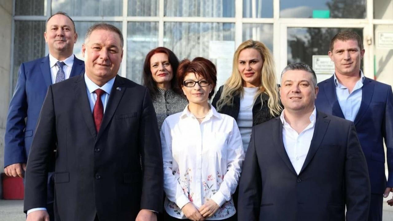 Коалицията ГЕРБ/СДС регистрира листата си с кандидати за народни представители в Разград