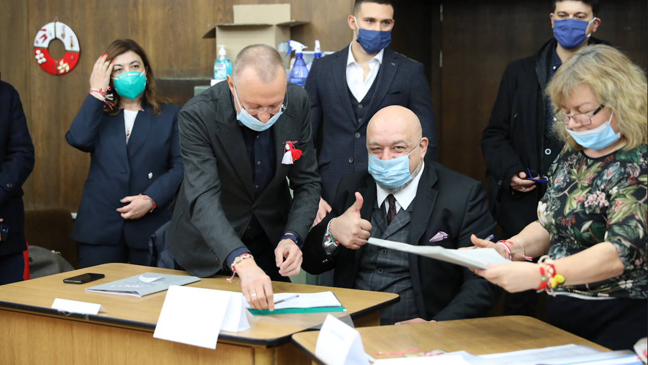 Красен Кралев регистрира листата на ГЕРБ – СДС в Русе
