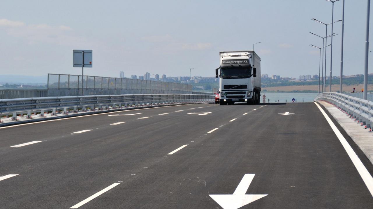 """Обсъдиха идейния проект за новия пътен възел на магистрала """"Тракия"""" край Кермен"""