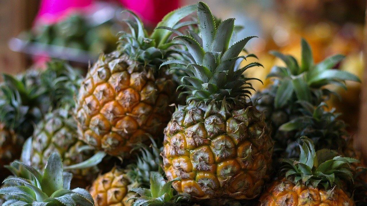 """Тайван рекламира """"ананаси на свободата"""" след забраната им в Китай"""