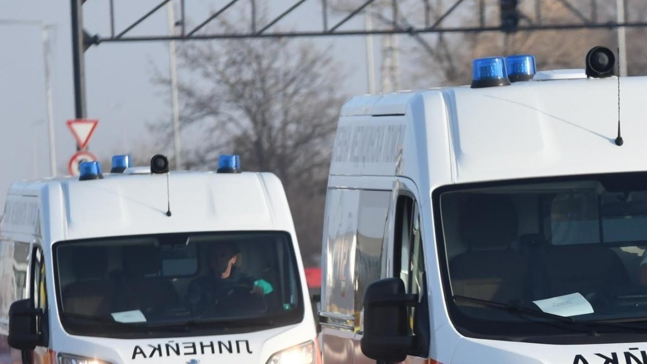 Шофьорка помете работник край Варна