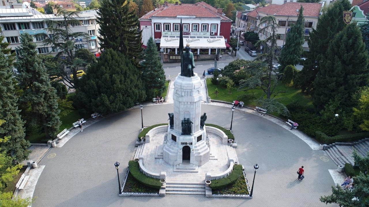 С военен ритуал във Велико Търново ще бъде отбелязана 143-годишнината от Освобождението на България