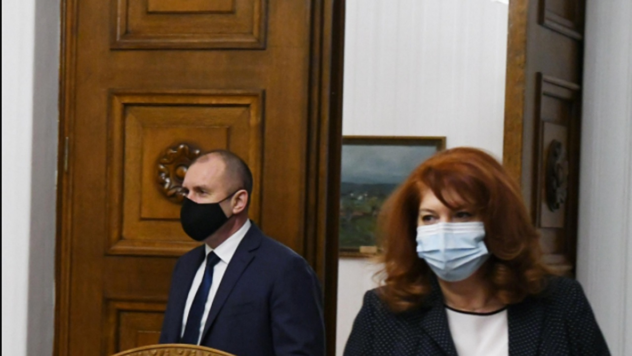 За Трети март Радев отива на Шипка, Йотова остава в София