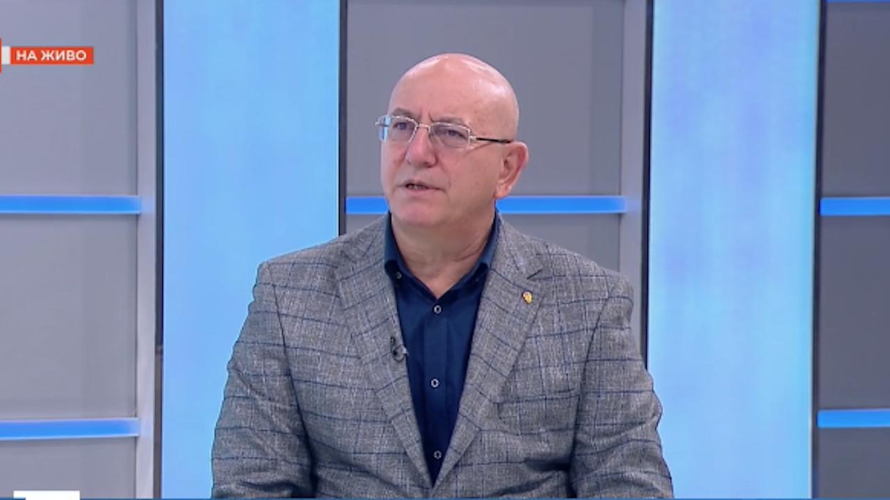 Емил Димитров: Екоминистърът не е бухалка, под натиск няма да прави нищо