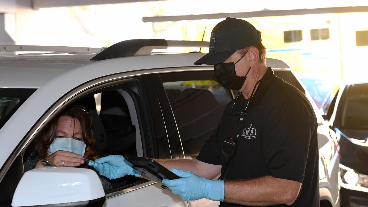 В Тексас отмениха задължителното носене на маски