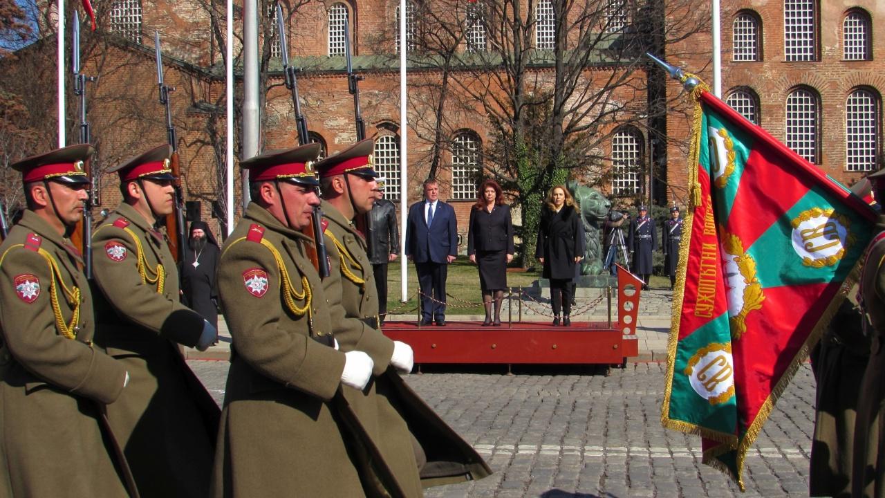 Вицепрезидентът на 3 март: Заедно ще възстановим отново държавността