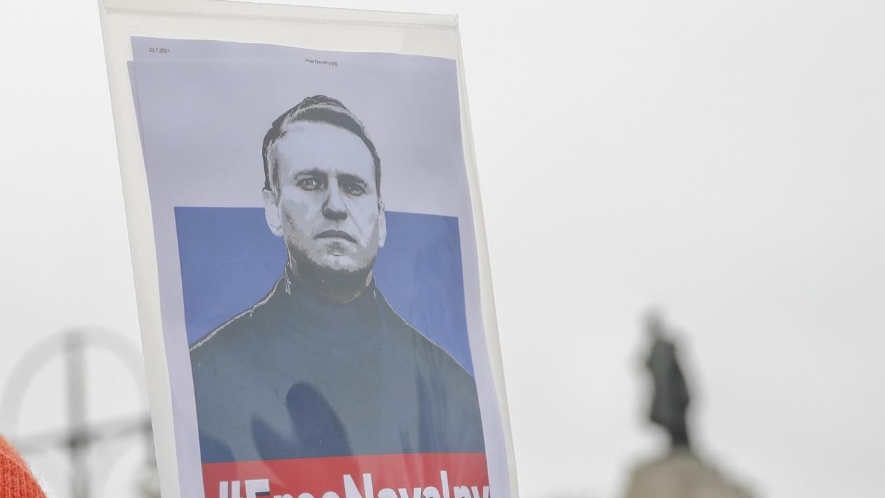 Навални е под карантина