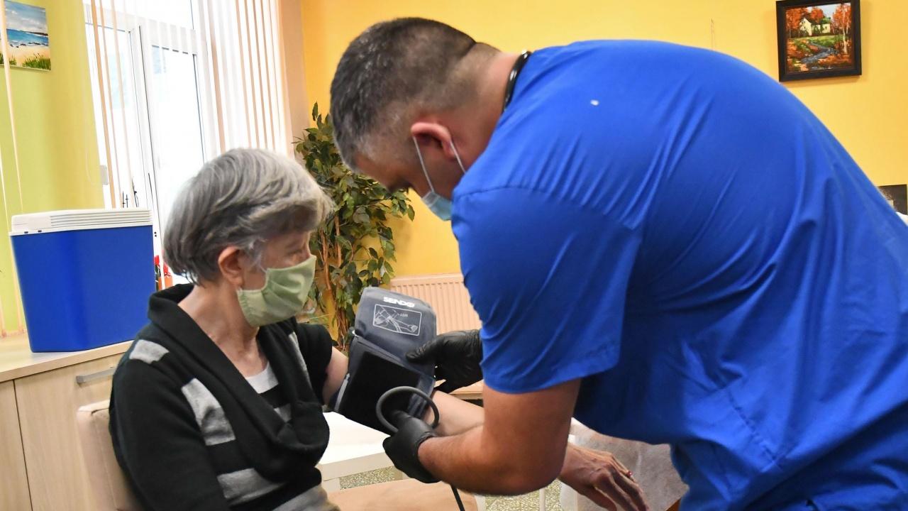 25 нови положителни случая на коронавирус в Хасковско
