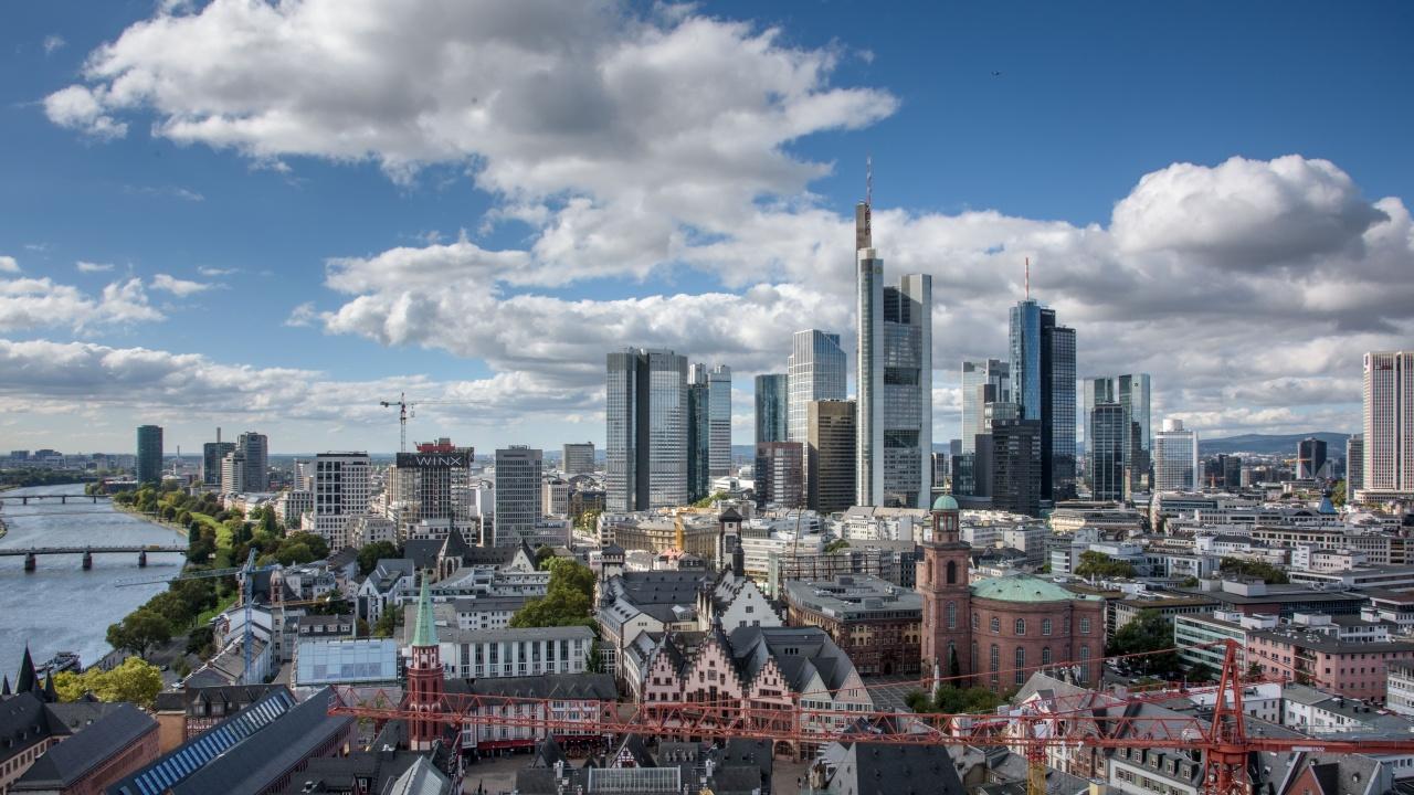 """Германският бизнес определи като """"бедствие"""" постепенното облекчаване на COVID ограниченията"""
