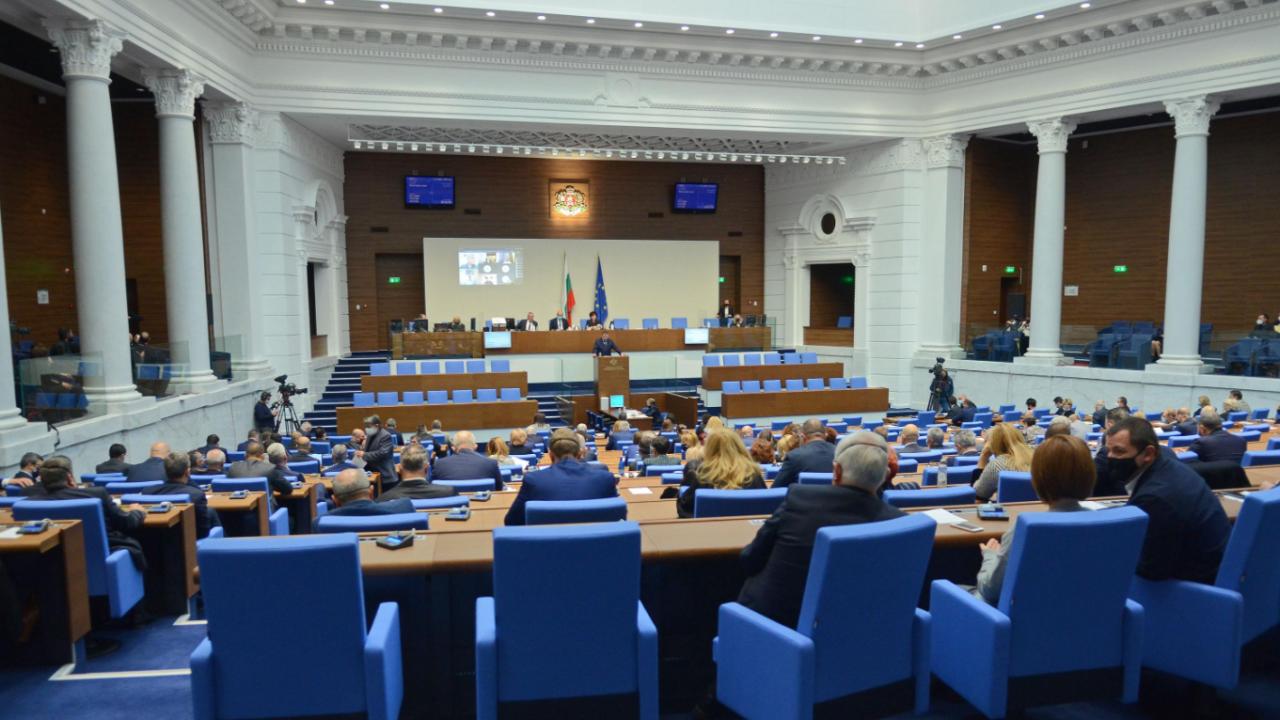 Парламентът реши да бъде създаден регистър на частните линейки