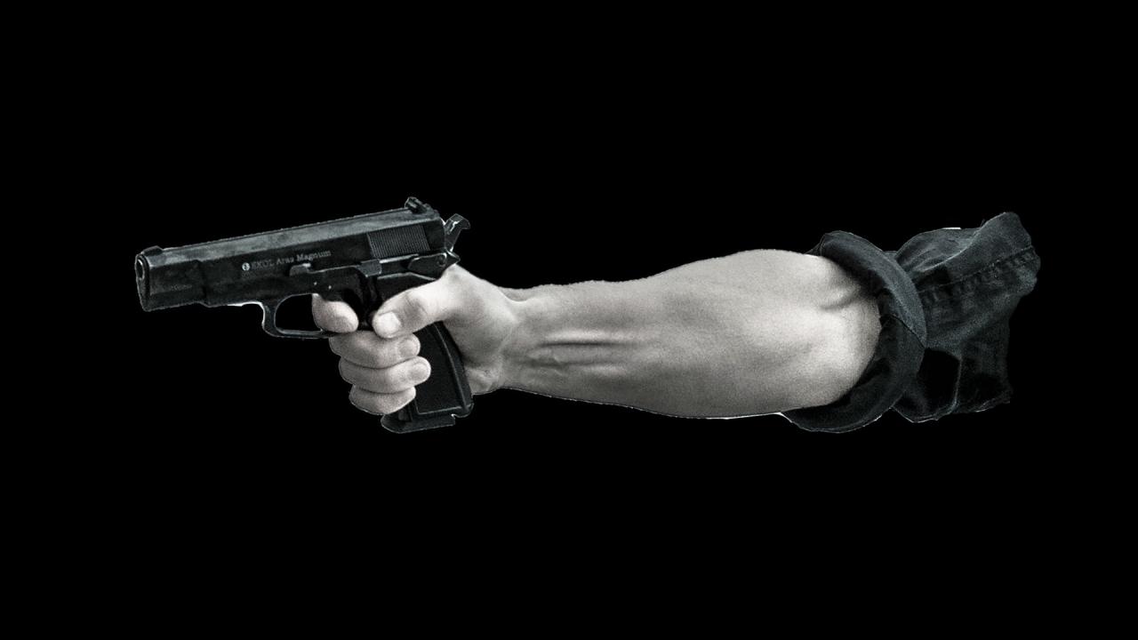 Чужденец размаха пистолет след скандал във Варна